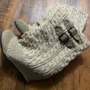 Steve Madden Wedge Sweater Boots Women's Size 8